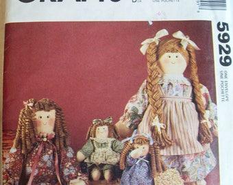 McCalls 5929, doll pattern, cloth doll pattern, rag doll pattern, doll clothes pattern, doll apron pattern, doll clothing pattern