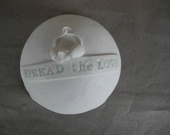 Butter dish in white porcelain with 2 mice and the quote spread the love