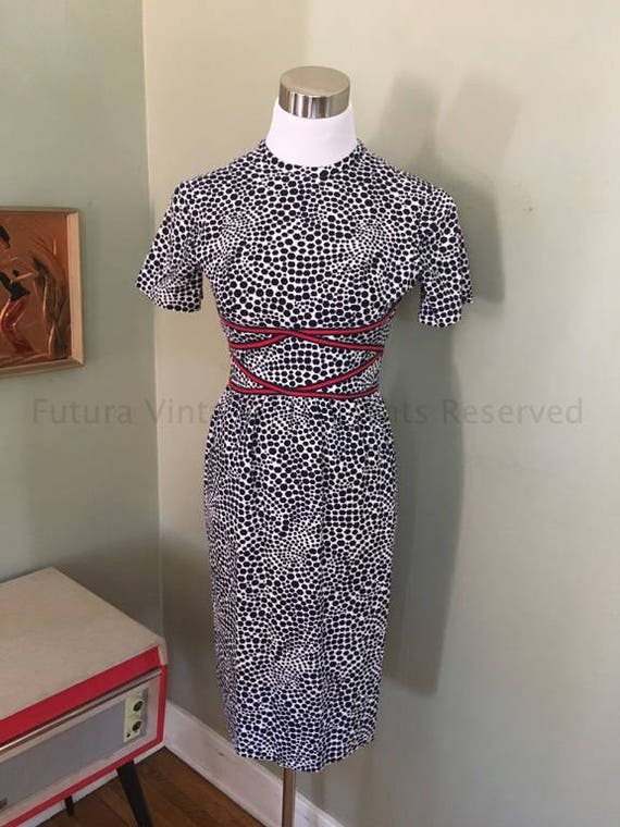 1960s BETTY CAROL Les Elles Navy Blue and White Swirl Dot Print Fitted Dress with Red and Blue Waist Trim-XS