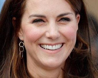 Sterling Silver Circle Drop Earrings / Kate Middleton Nautical Earrings / Silver Dangle earrings / Duchess Earrings