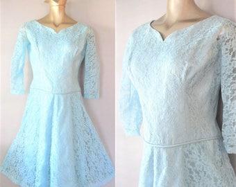 Vintage 1950's Classy Formal Party Dress / Blue Chantilly Lace Powder Blue Lace Cocktail Dress / Size Medium