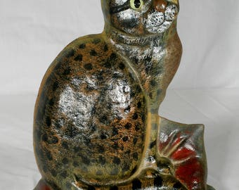 Vintage cast iron Doorstop cat feline kitty country décor