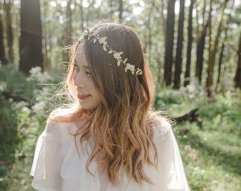 creamy ivory gold flower hair wreath // bridal wedding flower crown headband rustic forest garden spring woodland headpiece / bridesmaids