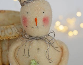 Primitive Snowman - Sweet Prim Snowman - Vintage Inspired Snowmen - Unique Snowmen - Bottle Brush Tree - Handmade Snowmen - primitive Decor