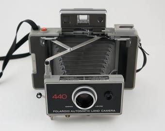 Polaroid 440 Automatic Land Camera
