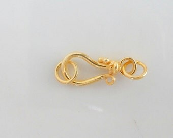 Gold  Vermeil,  bali , hook and eye  clasp with closed jump rings (15x7mm) (Gold plated sterling silver)