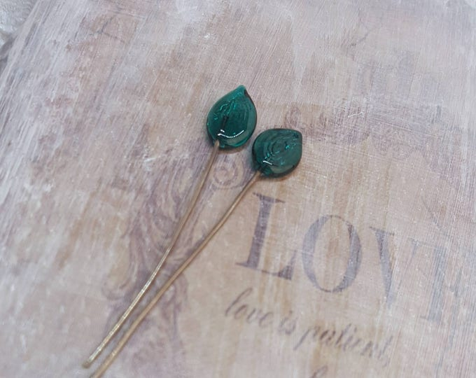 2 lampwork glass headpins, green leaves, SAHP19