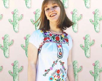 FREE SHIPPING!: Vintage 1960's Floral Embroidered Hippie Dress
