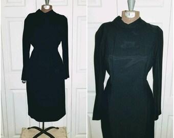 Betty bites her lip .....   vintage 50s 60s dress / black midi LBD / minimalist mid century / mad men wiggle Joan .. S M