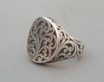 Lois Hill Sterling Scroll Ring Size 9 Concave Face