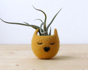 Cat head planter / Small succulent pot / Mustard cat / Felt succulent planter / colleague gift / gift for her- Choose your color!