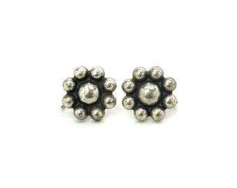 Navajo Earrings. Fred Harvey Era. Sterling Silver Dome Clusters. Snowflake or Flower Screw Backs. Vintage 1940s Southwestern Jewelry
