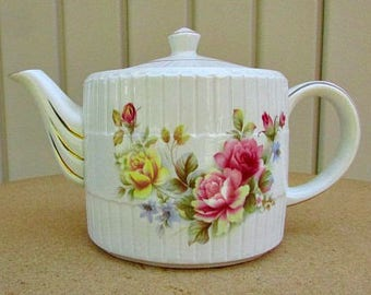 vintage 60s ellgreave ironstone roses floral teapot england woods and sons