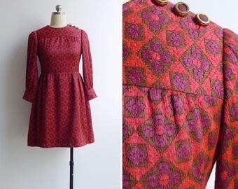 Vintage 60's 'Flower Power' Flame Stitch Mod Mini Dress XS or S