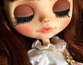 Chloé custom blythe doll