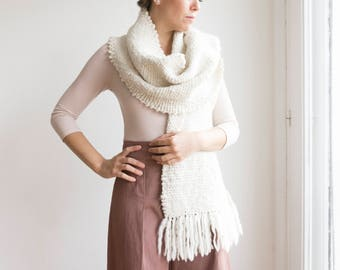 Handwoven Chunky scarves, Bridesmaid scarf  blanket Merino Wool, Gift idea for woman,