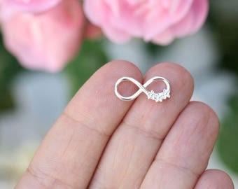 Silver Infinity charm with daisy flowers, Sterling silver Infinity connector link, 925 silver, romantic charm - 1pc - F586