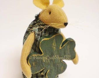 Primitive St. Patrick's Day Mouse - Made To Order, Mouse with Shamrock, St. Patrick's Day Decor