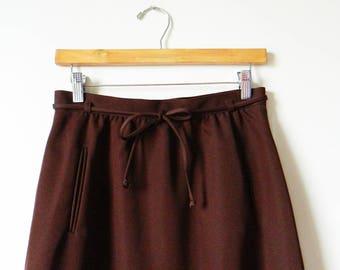 "Dark Chocolate Vintage A-Line Skirt / Retro Midi Skirt with Pockets and Tie Belt / 1970s Dark Cocoa High Waisted Skirt / Waist 28"""
