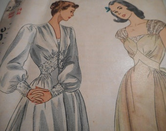 Vintage 1940's Simplicity 2235 Nightgown and Negligee Sewing Pattern Size 14 Bust 32