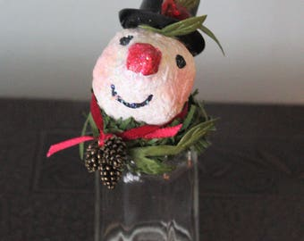 Albert Snow: salt shaker snowman (snow person) with paper mache head and top hat, Christmas decoration, figure, ornament