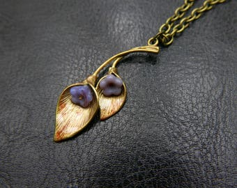 Flower lily Necklace, Czech glass beads