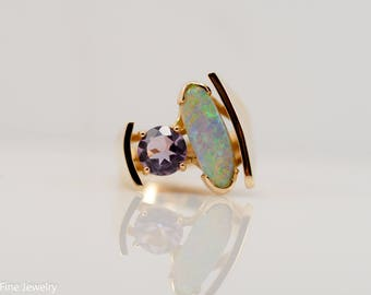 Vintage Asymmetrical Opal Amethyst 18k Yellow Gold Ring October February Unique