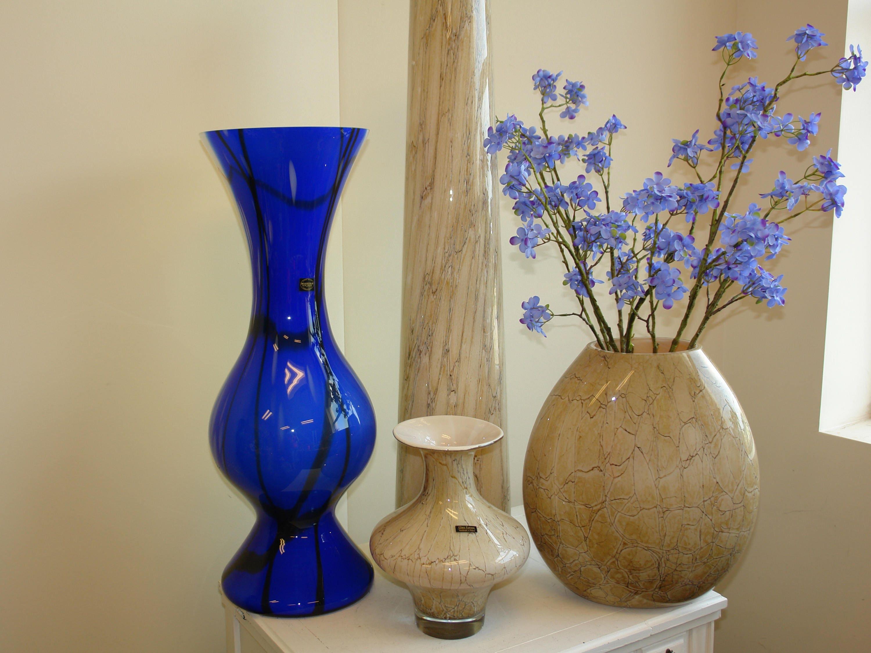 main de vase en verre souffl vases en verre cadeau f te des. Black Bedroom Furniture Sets. Home Design Ideas