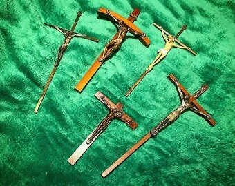 1940s-1970s LOT of 5 Gothic Crucifix Carved Wood/Metal/Resin Catholic Wall Crosses