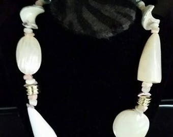 "Mother of Pearl 20"" Necklace"