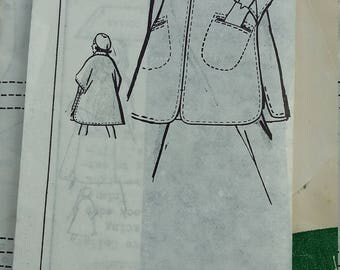 Vintage Mail Order Pattern 8255 One Size Poncho