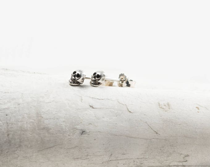 Skull Stud Earrings, Small Skull Earstuds, Sterling Silver Skull Earrings, Memento Mori Earrings