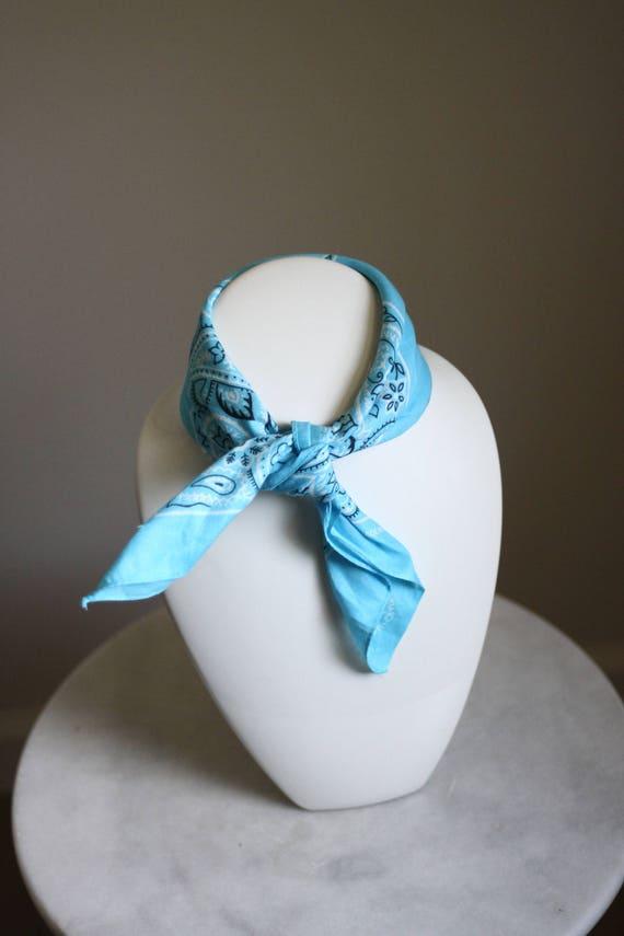 1980s light blue bandana // vintage neck scarf // vintage bandana