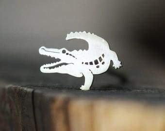 Silver Crocodile Piercing Stud - For Nose, Tragus, Conch, Helix & Labret Piercings, 18g and 16g Pushfit Backings, Nature Jewelry