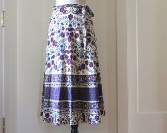 Vintage Boho hippie wrap around skirt from India with floral motif / Vintage cotton Wrap Sirt  Motif