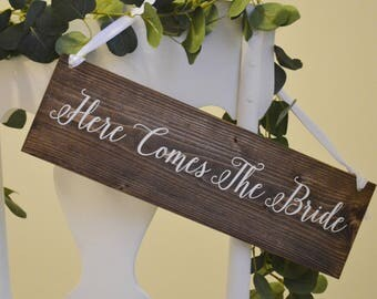 Here Comes The Bride Sign, Wood Wedding Sign, Wood Ring Bearer Sign, Rustic Wedding Decor, Daddy Here Comes Mommy