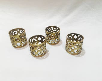 Set of 4 Vintage Brass Filigree Napkin Holders, Brass napkin rings, Napkin rings, Napkin holders, Vintage napkin rings, Brass rings