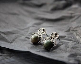 Silver small stud earrings,silver earrings filigree agate,earrings green stone,romantic classic small earrings,silver filigree earrings,boho
