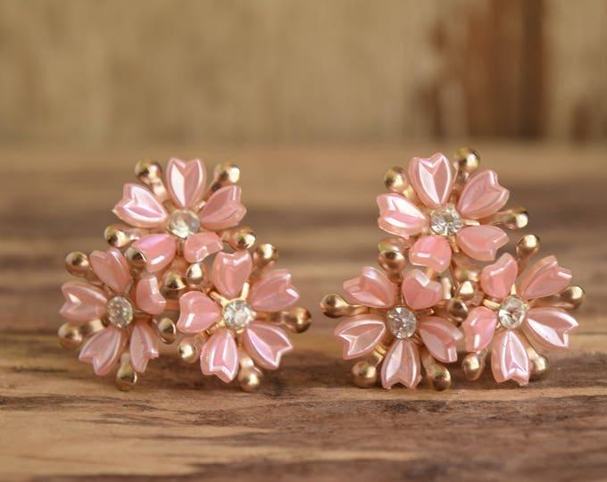 Pink Flower Earrings - Clip on earrings - rhinestone clip earrings - Rhinestone flower earrings - pinup earrings - retro earrings - clip-on