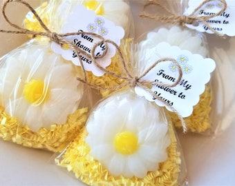 20 Daisy Soap Shower Favors, Baby Shower Favor, Daisy Theme Party decor, Daisy Bridal shower Favor, Daisy Flower Soap, Party Decor wedding
