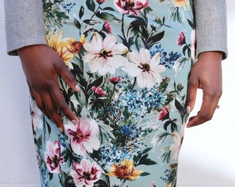 Blue floral Pencil Skirt UK size 10-12 floral print slim fit flattering vintage style skirt handmade by The Emperor's Old Clothes