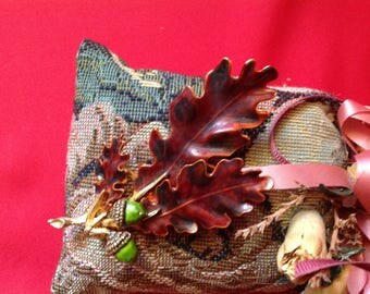 Vintage - Signed Weiss Fall Leaf Brooch
