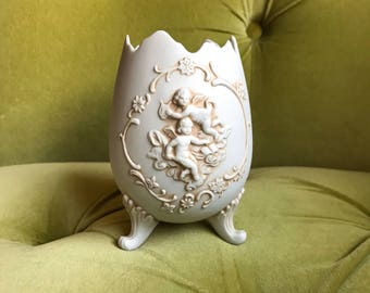 Vintage Lefton 1950's Bisque Porcelain Vase Planter Cracked Egg Cherubs Angels Figures Footed Decorative Relief Sculpture Baroque Rococo Cup