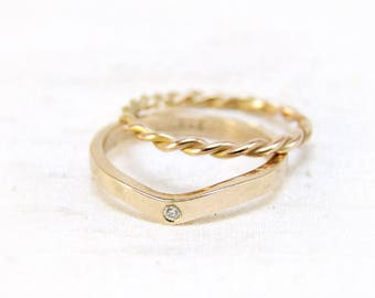 Rosé gold ring with diamond