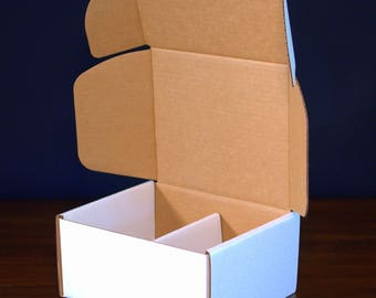 White tab lock mailers - Sized for Medium Flat Rate USPS boxes - Pack of 10
