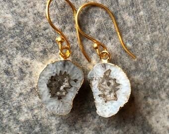 Grey Geode Earrings // Gemstone Earrings // Quartz Earrings // Druzy Earrings // Geode Earrings // Quartz // Druzy // Drop Earrings