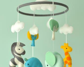 Baby Nursery Animal Mobile / Felt Baby Mobile / Safari Mobile / Made To Order
