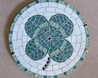 Mosaic four leaf clover, handmade in ceramic tiles; garden decor; home decor or hot pan trivet!
