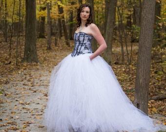 White Wedding Dress  - Tulle Dress - Full Skirt - Gown - Bridesmaid - Bridesmaid skirt - Tulle Skirt - White Dress - Tutu Dress - Tulle Gown