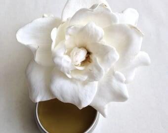 Fortune. natural perfume. botanical tarot fragrance. gardenia, tuberose, wintergreen, coconut, patchouli, frankincense carterii, labdanum.